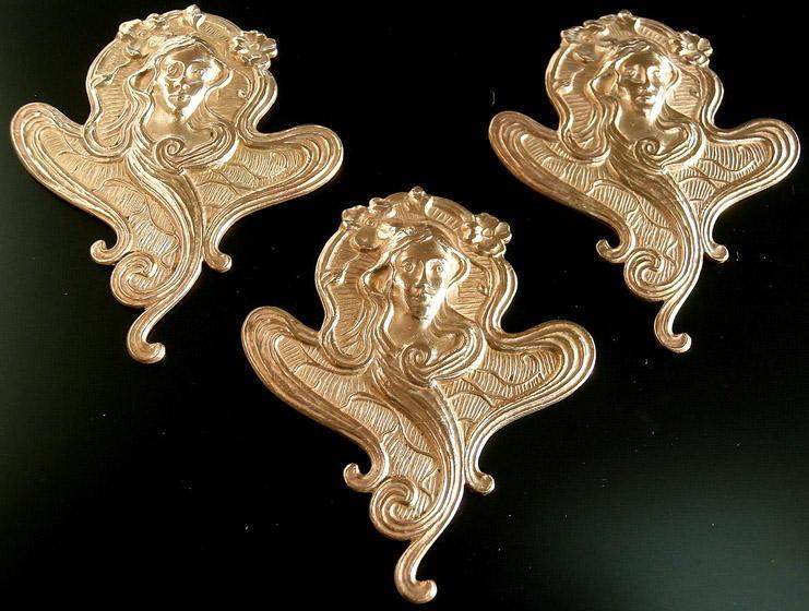 LARGE!! A 1860-1939 MUCHA Art Nouveau 3 Unique Brass Buttons #G580